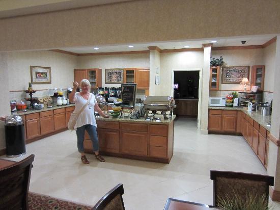 Homewood Suites by Hilton HOU Intercontinental Airport: Breakfast area