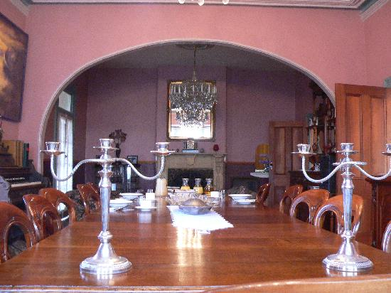 Quality Inn Heritage Edenholme Grange: Dinning Room Table