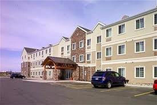 Staybridge Suites Fargo: It's like being at home.