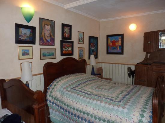 Loft Paris: Duplex downstairs bedroom