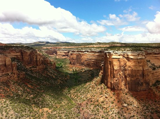 Fruita, Kolorado: There are two overlooks, Ute Canyon & Upper Ute Canyon, both spectacular.