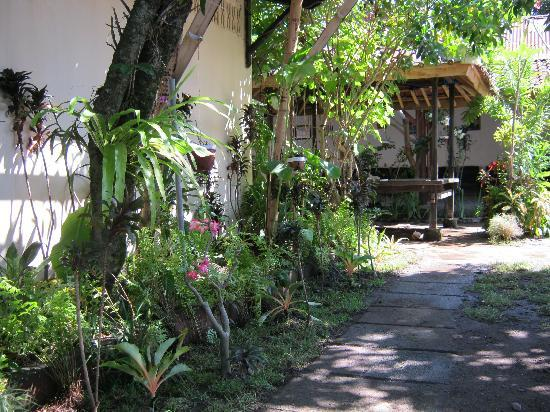 Ломбок, Индонезия: Ratu's Guest House for Green City in Cakranegara Lombok