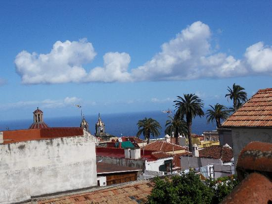 Hotel Rural Victoria: View from the balcony over Orotava