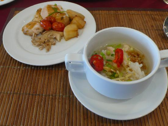 Le Siam Hotel: boiled rice and some accompaniments