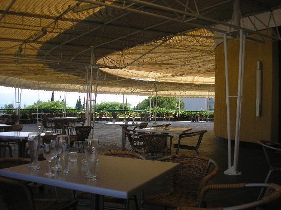 Bluesun Resort Bonaca: Terrasse vor dem Speisesaal