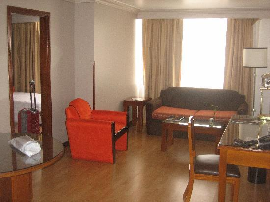 Lancaster House: Picture of my suite