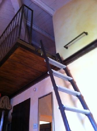 Il Villino Hotel&SPA: la scala del pollaio