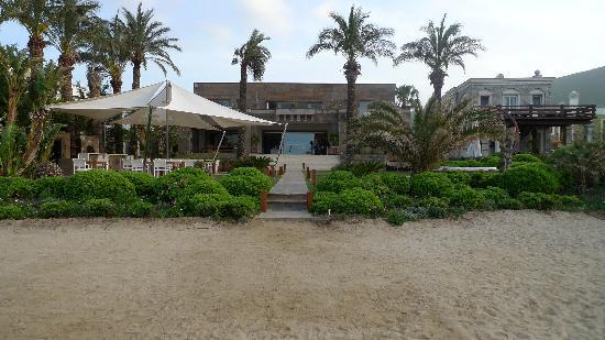 Casa Dell'Arte: Main building as seen from the beach