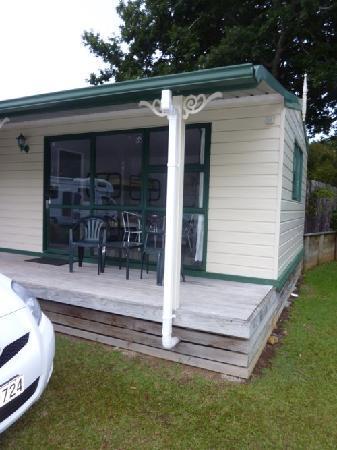 Kauri Coast Top 10 Holiday Park: My cabin
