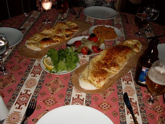 Hanedan Turkish Tapas & Grill: The Free Meze! - no chips here!