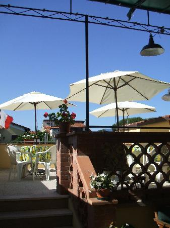 Hotel Melecchi: Terrace