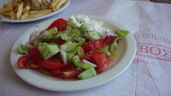 Flisvos Fish Tavern: Greek salad