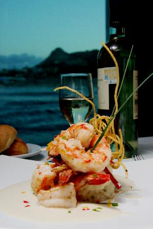CaboRey Luxury Dinner Cruise: Jumbo Shrimp in White Wine Cream Sauce
