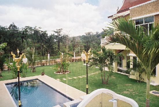 Villa Nai Yang: la piscine