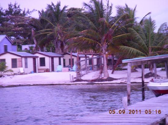 Lorraine's Guest House: Amanecer en Colinda Cabanas/Loraine's