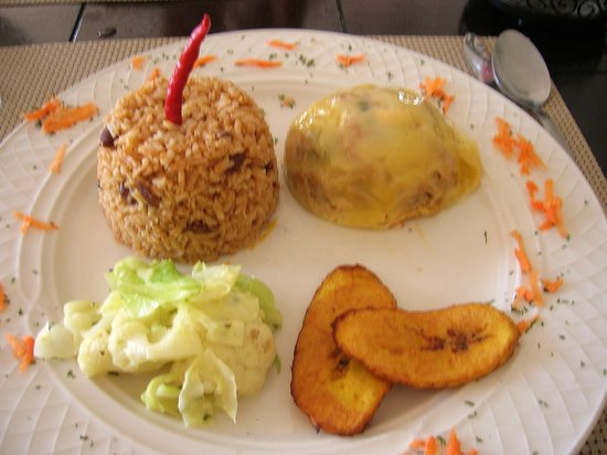 The Queen's Caribbean Restaurant: Keshi Jani
