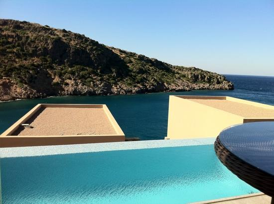 Daios Cove Luxury Resort & Villas : deluxe room with private pool.