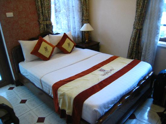 Hanoi Royal View Hotel: Comfortable room