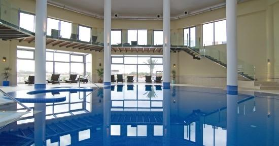 Pestana Porto Santo All Inclusive: Piscina Interior . Indoor Swimming Pool