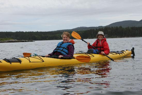 Ullikana Bed and Breakfast: Sea Kayaking - West side of Mt. Desert Island