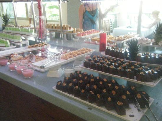 TUI Family Life Tropical Resort: Desserts!!