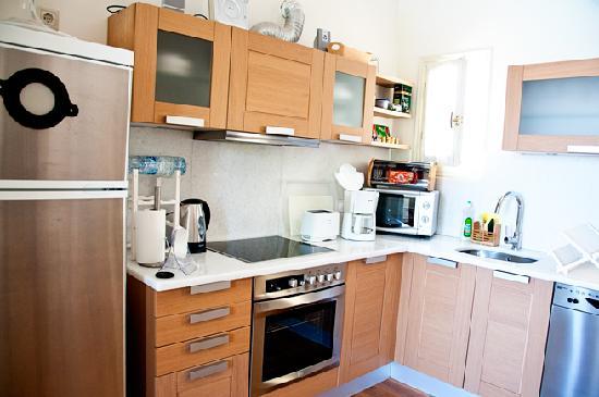 Xenon Estate: Our Kitchen at Lethe