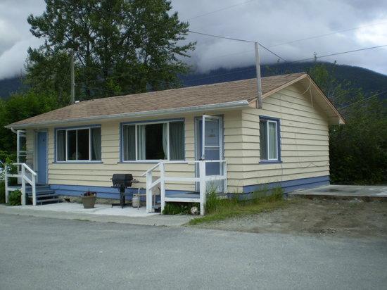 Bella Coola Motel