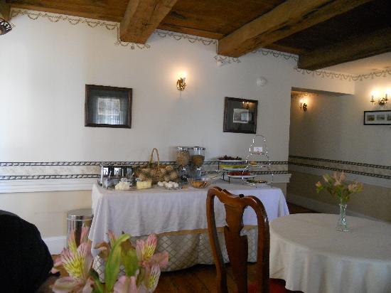 Old Orchard Beach Inn : Breakfast