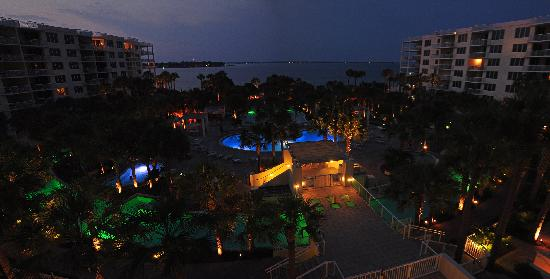 Destin West Beach and Bay Resort: Night time Panoramic