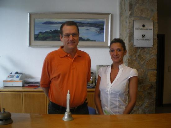 Sant Antoni de Calonge, Spain: Le patron et sa secrétaire de l'accueil