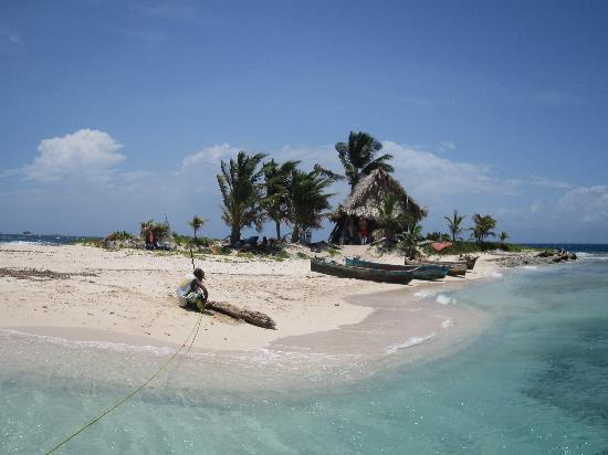 Bananarama Beach and Dive Resort: Island on Cayo's trip