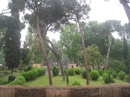 Ancient Trastevere Bed and Breakfast: view from room
