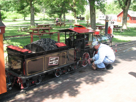 Riverside and Great Northern Railway : the engine