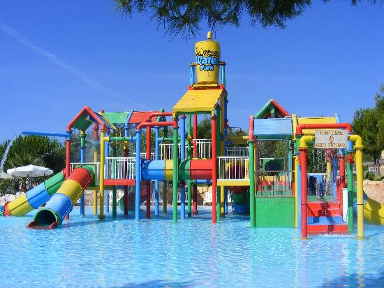 kids water land - Picture of Western Water Park, Magaluf