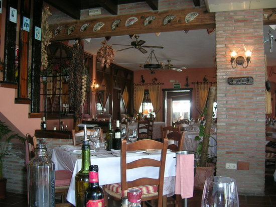 Benahavis, Spanien: From our table inside