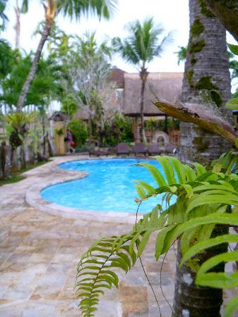 Saren Indah Hotel: Swimming pool Saren Indah