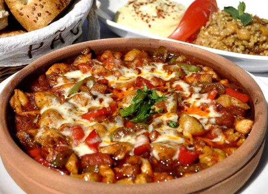 Mozaik Bahce: Tavuk Güveç - Chicken Casserole