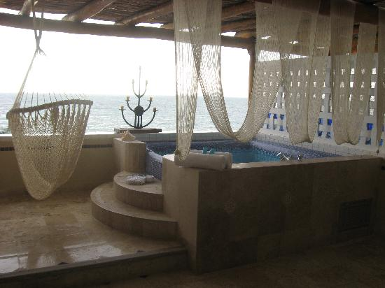 Honeymoon suite balcony picture of villa premiere for Best boutique hotels for honeymoon