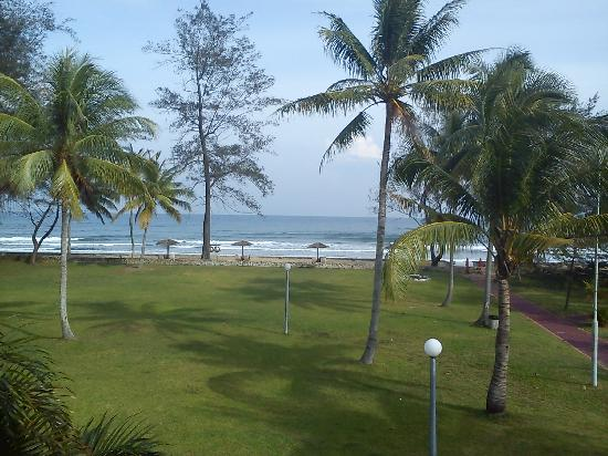Tuaran Beach Resort: Sea view room