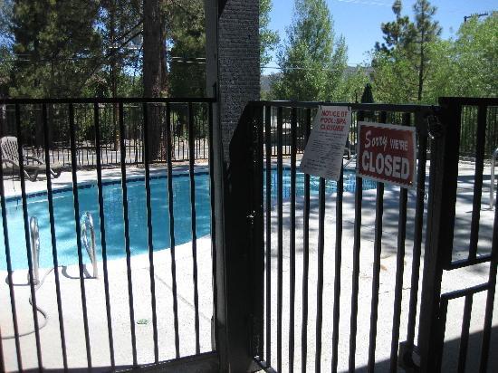 Travelodge Big Bear Lake CA: Pool