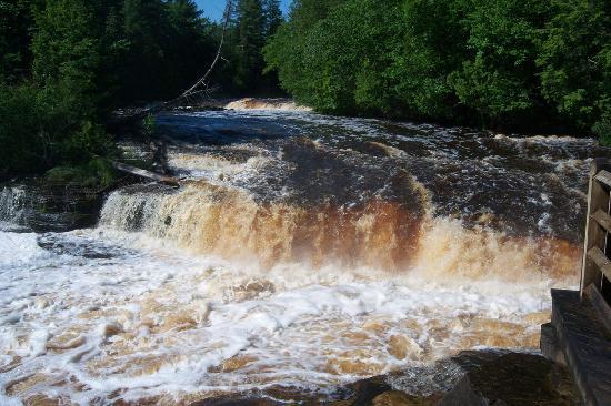 Paradise, MI: Lower Falls
