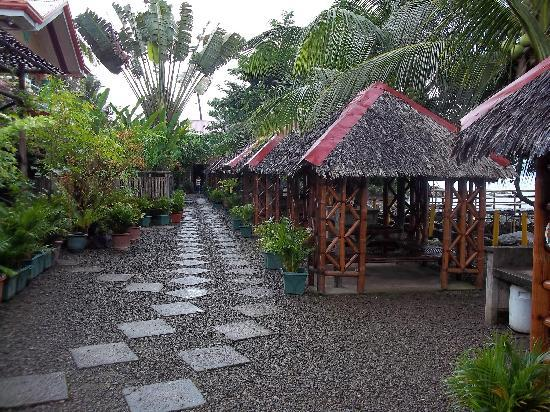 Biliran Island, Filippinene: The BBQ and Entertainment Area