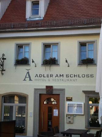 Adler am Schloss: Hotel and restaurant