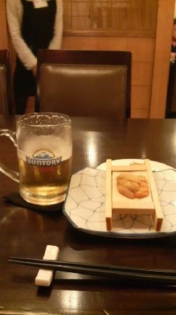 Renaissance Shanghai Yangtze Hotel: 「栄」の飲み食べ