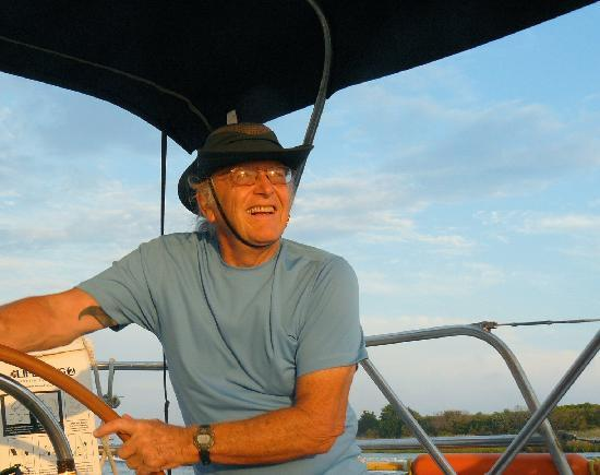 Priority Sailing : The Captain