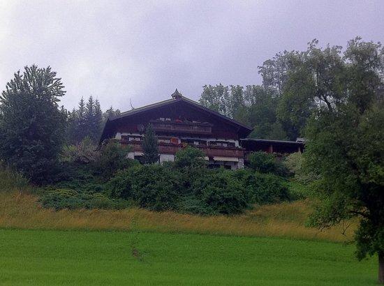 Steinbach am Attersee, Österreich: Biohof Schwancer - the house