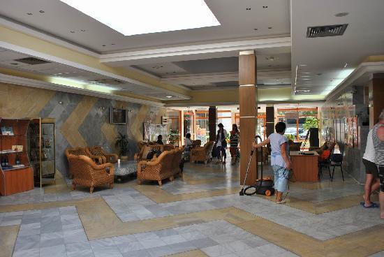 Hotel Kaliakra: Kaliakra Hotel lobby