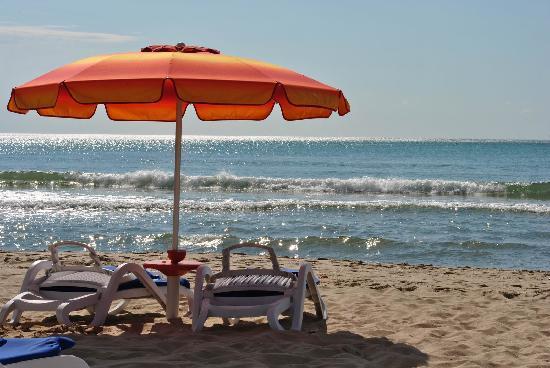 Hotel Kaliakra: the hotel beach