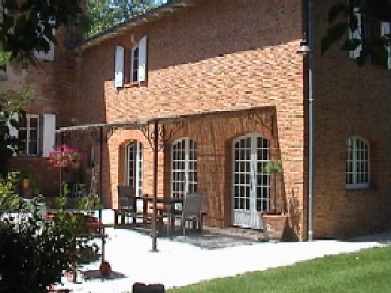 Le Domaine de Gilede: Petit dej en terrasse...