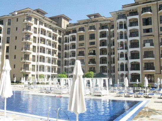 Bendita Mare: pool area